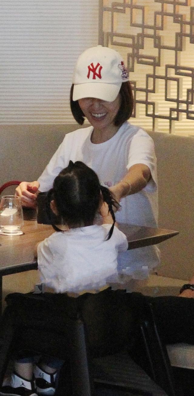 Con gái Hoắc Kiến Hoa – Lâm Tâm Như tiếp tục gây sốt cộng đồng mạng - Ảnh 3