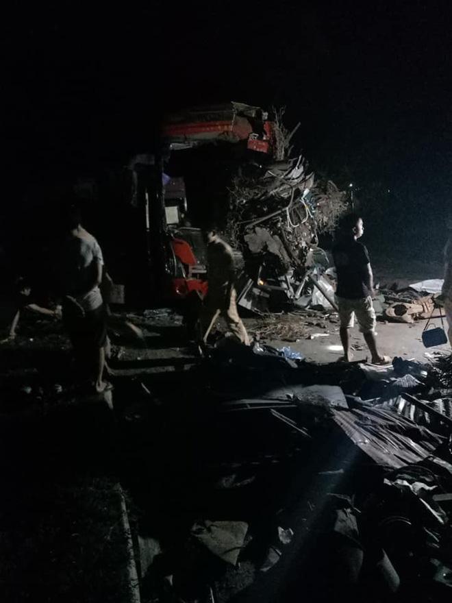 Hiện trường ám ảnh trong vụ tai nạn kinh hoàng ở Hòa Bình: Hé lộ danh tính các nạn nhân - Ảnh 4