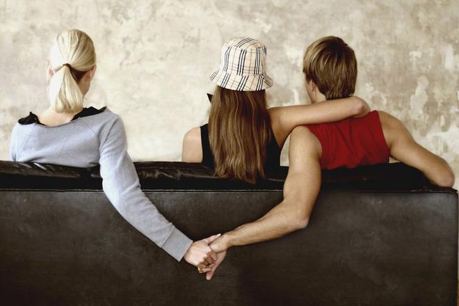 4 kiểu đàn ông này, phụ nữ tốt nhất hãy tránh xa, đừng bao giờ có ý định lấy làm chồng - Ảnh 1