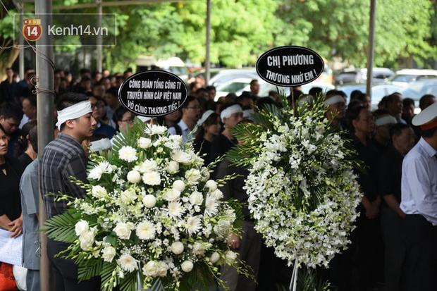 Đám tang BTV/MC Diệu Linh: MC Long Vũ và MC Quang Minh đến sớm để nói lời tạm biệt với người em đồng nghiệp - Ảnh 5