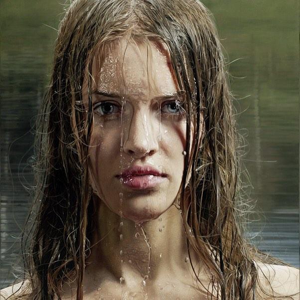 Hình ảnh 2 cô gái chơi đùa trên biển trông rất đỗi bình thường nhưng ẩn sau đó là một bí mật gây choáng váng cho bất kỳ ai - Ảnh 6