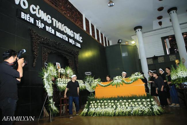 Vô cùng xúc động với dòng tâm sự trong cuốn sổ tang do BTV Quang Minh, BTV Long Vũ gửi gắm cho nữ MC Diệu Linh lần cuối - Ảnh 1