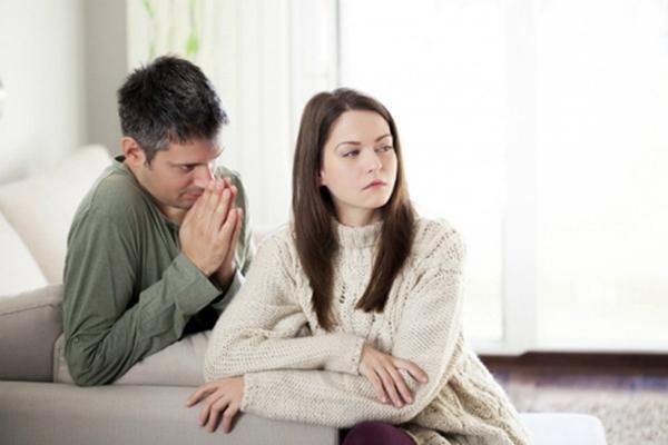 Con gái nên làm gì khi bị người yêu lừa dối? - Ảnh 2