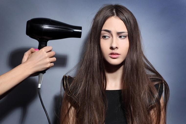 Những thói quen tưởng không hại ai ngờ hại không tưởng đến mái tóc chúng ta - Ảnh 2
