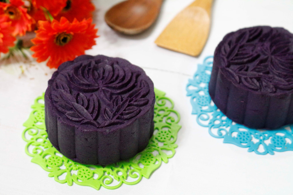 Cách làm bánh trung thu khoai lang tím nhân đậu xanh đơn giản tại nhà - Ảnh 5