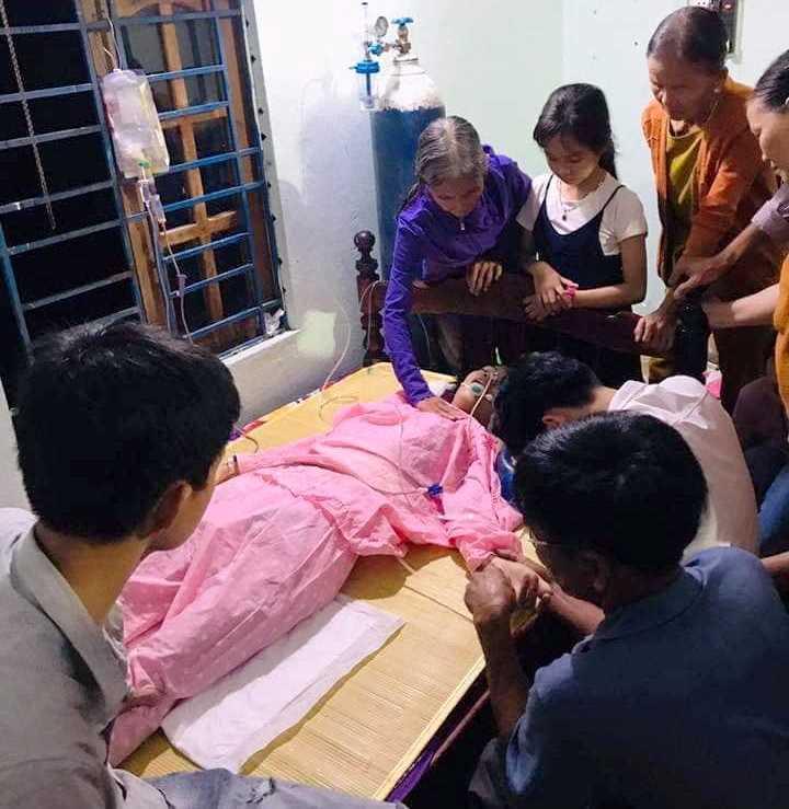 Cô gái đỗ 3 trường ĐH khiến cha mẹ chết lặng khi bệnh viện trả về - Ảnh 2