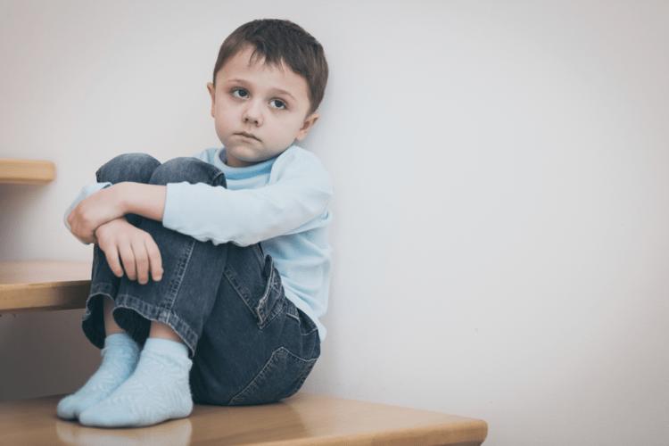 Làm sai bài tập, bé 8 tuổi bị mẹ đánh nhẹ vào đầu ai ngờ tử vong trong nháy mắt - Ảnh 3