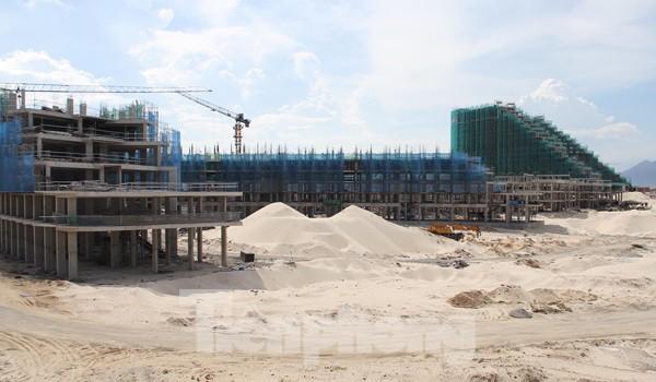 Thị trường Condotel Khánh Hòa lao dốc, nửa năm không có dự án mới - Ảnh 1