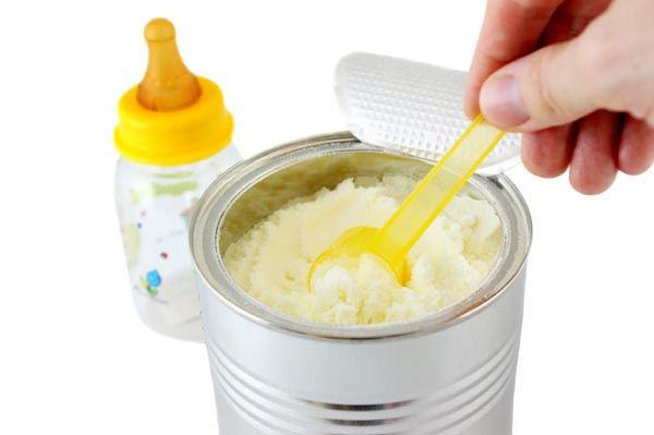Nắm trong tay bí kíp giúp các mẹ nhận biết sữa bột thật và giả kẻo rước họa cho con - Ảnh 1