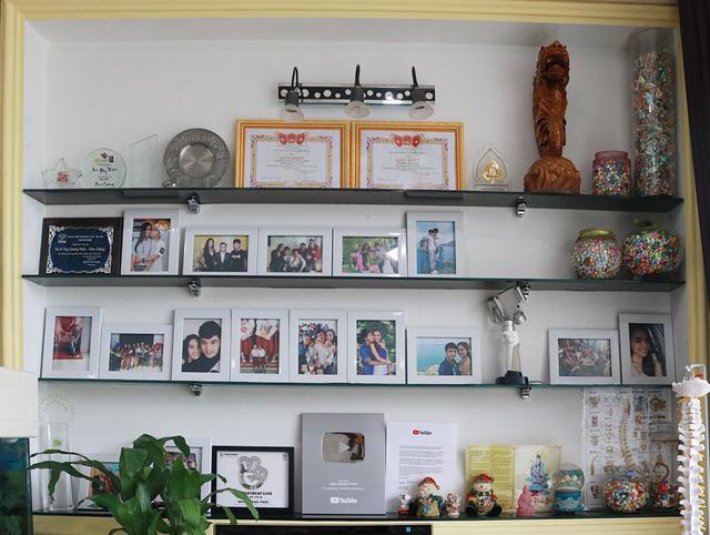 Ngắm biệt thự sang trọng Ưng Hoàng Phúc đang sống cùng vợ và hai con - Ảnh 6