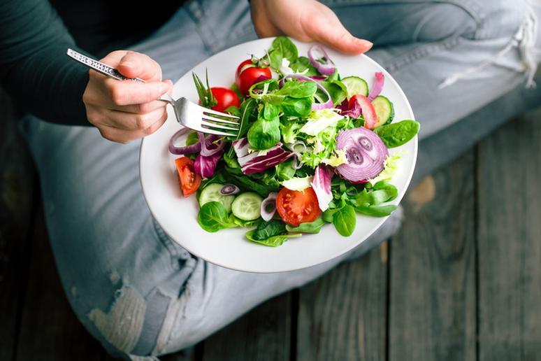7 kiểu ăn kiêng sai lầm nhiều người mắc phải khi giảm cân - Ảnh 3