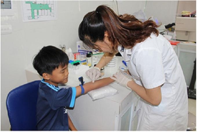 Khuyến cáo phụ huynh đưa con em tiêm vắc-xin phòng ngừa các bệnh truyền nhiễm - Ảnh 2