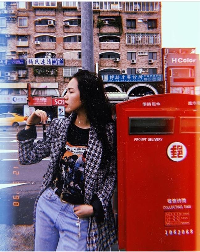 Học cách phối đồ mùa lạnh từ street style của mỹ nhân Việt - Ảnh 4