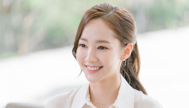 Park Min Young chia sẻ các bước trang điểm nhẹ nhàng, để da trắng đẹp tự nhiên - Ảnh 5