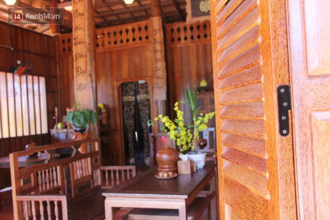 Căn nhà gần 6 tỷ đồng được làm từ 4.000 cây dừa của lão nông 80 tuổi gây ngỡ ngàng người dân miền Tây - Ảnh 3