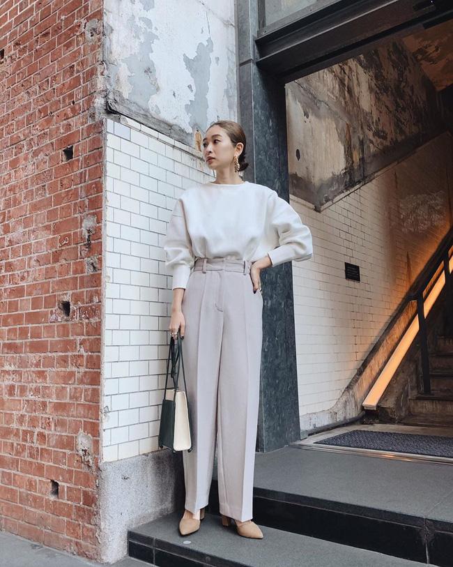 16 gợi ý diện áo blouse dài tay vừa đẹp vừa xinh, đảm bảo bạn sẽ muốn mặc mãi trong thời điểm giao mùa này - Ảnh 6