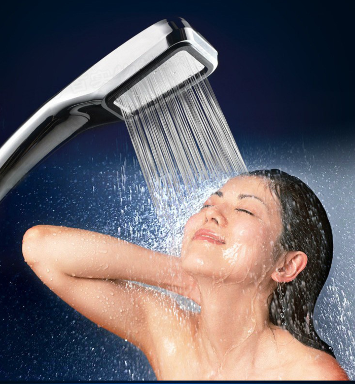 6 thói quen khi tắm khiến sức khỏe và làn da bị tổn thương nặng nề, số 3 nhiều người mắc - Ảnh 2