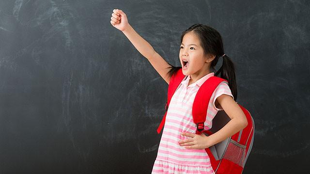 """Đầu năm """"học lỏm"""" ngay 5 phương pháp dạy con trở thành đứa trẻ tự tin của những ông bố bà mẹ thông thái - Ảnh 3"""