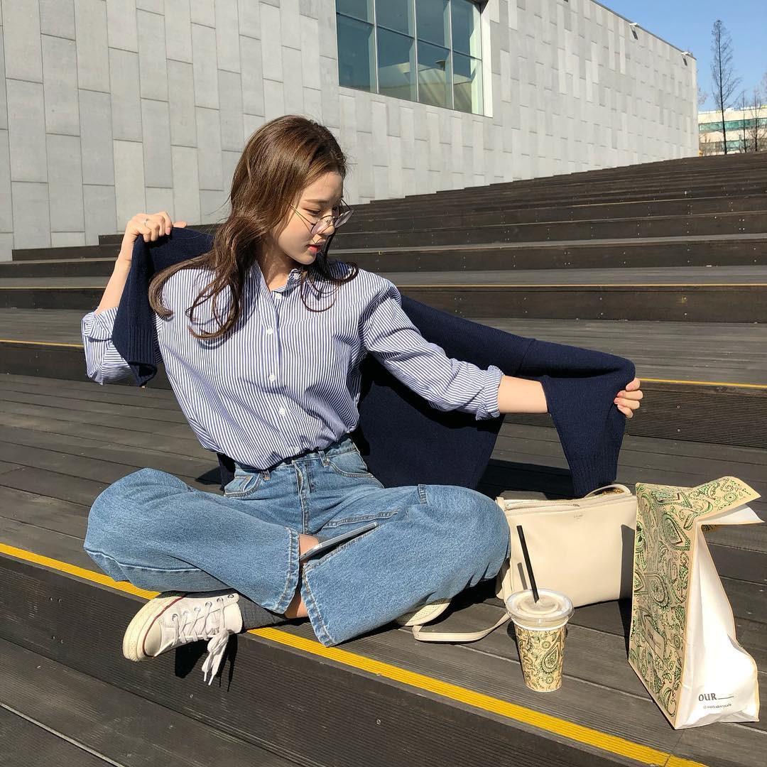 Không cần nghĩ nhiều khi diện quần jeans, các nàng cứ mix cùng 3 mẫu giày này là sành điệu tuyệt đối - Ảnh 2