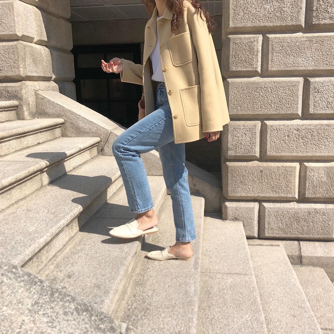 Không cần nghĩ nhiều khi diện quần jeans, các nàng cứ mix cùng 3 mẫu giày này là sành điệu tuyệt đối - Ảnh 5