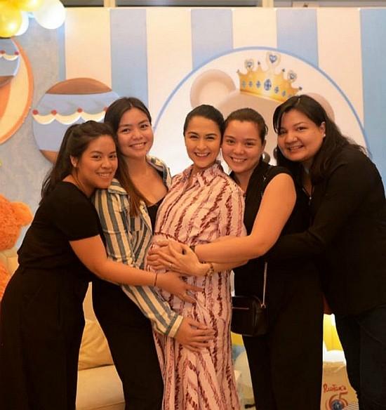 Mỹ nhân đẹp nhất Philippines - Marian Rivera hạnh phúc khi nhận được món quà bất ngờ từ ông xã trước ngày 'vượt cạn' - Ảnh 6