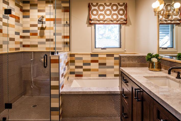 Phòng tắm gia đình sinh động thêm mấy phần nhờ lựa chọn loại gạch ốp này - Ảnh 5