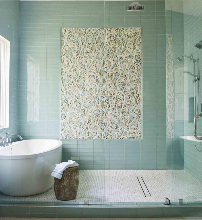 Phòng tắm gia đình sinh động thêm mấy phần nhờ lựa chọn loại gạch ốp này - Ảnh 6