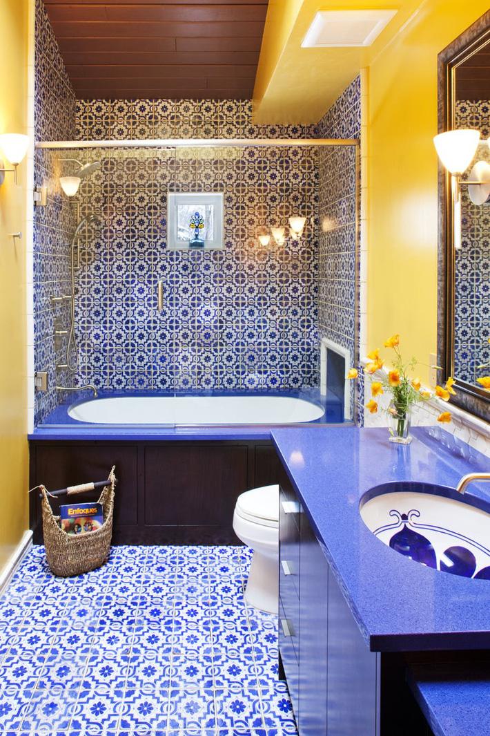 Phòng tắm gia đình sinh động thêm mấy phần nhờ lựa chọn loại gạch ốp này - Ảnh 10