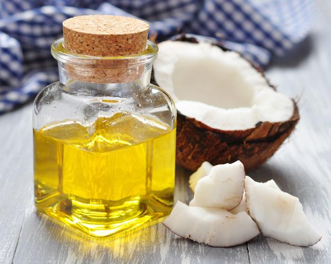 'Tất tần tật' cách sử dụng dầu dừa để dưỡng da ban đêm, hiệu quả như mỹ phẩm tiền triệu - Ảnh 1