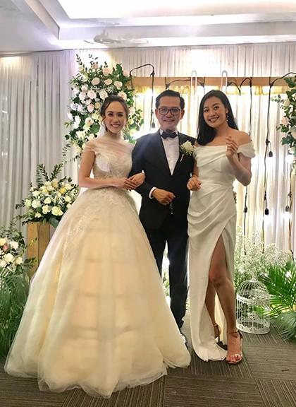 MC Phí Nguyễn Thùy Linh dẫn chương trình đám cưới của nam nghệ sĩ.