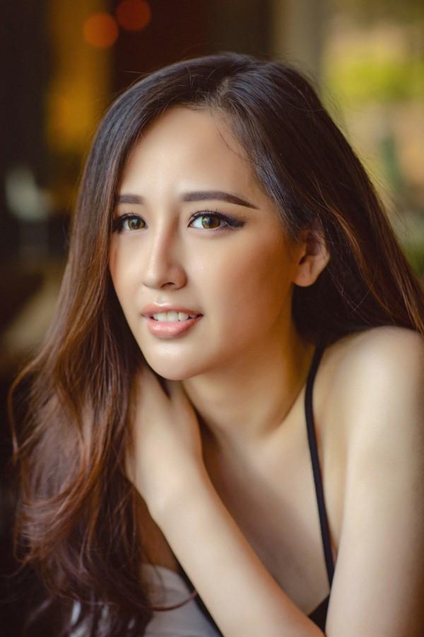 Gương mặt ngày càng thay đổi của Hoa hậu Mai Phương Thúy sau 12 năm đăng quang - Ảnh 3