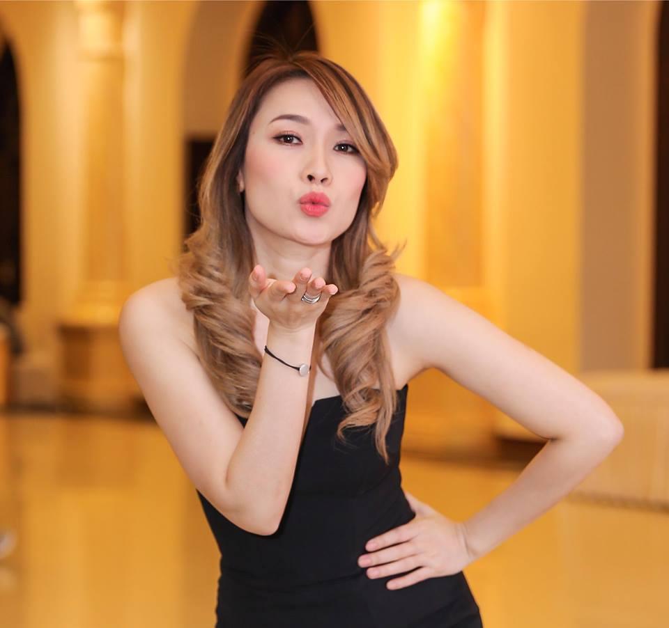 Phản ứng khó đỡ của dân mạng khi Lâm Khánh Chi tiết lộ 'tin mật' Mỹ Tâm sắp cưới chồng - Ảnh 4