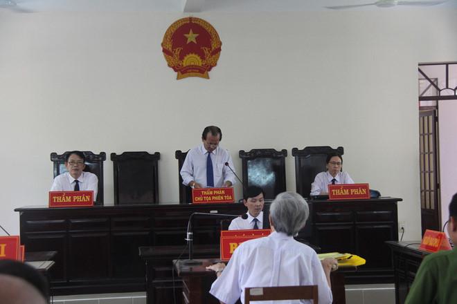 Sáng nay, ông Nguyễn Khắc Thủy tự nguyện thi hành án - Ảnh 2