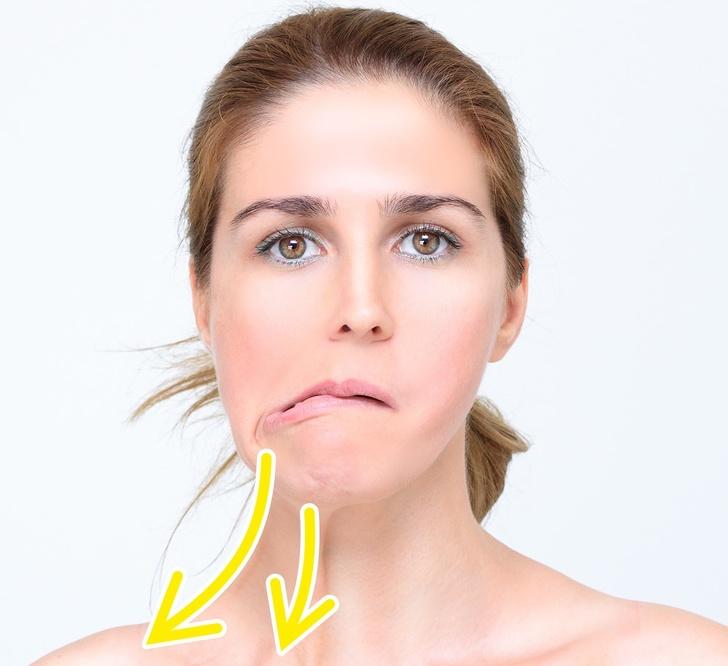 Các động tác đơn giản giúp khuôn mặt bạn trông thon gọn hơn rất nhiều sau vài ngày - Ảnh 2