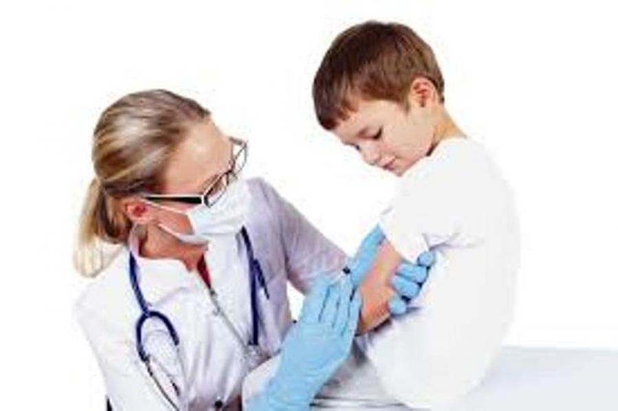 Các trường hợp chống chỉ định tiêm vắc xin cho trẻ đề phòng trường hợp đáng tiếc xảy ra, mẹ thương con cần nắm - Ảnh 2