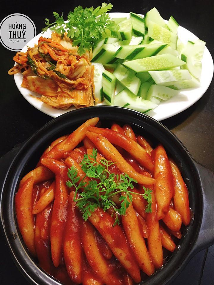 Đổi món với công thức bánh gạo Hàn Quốc dẻo thơm đậm vị của mẹ 9X xinh như Hot Girl - Ảnh 6