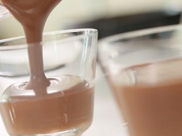 Mousse chocolate ngon thần sầu mà làm dễ lắm chẳng cần lò nướng, các mẹ thử ngay nhé! - Ảnh 5