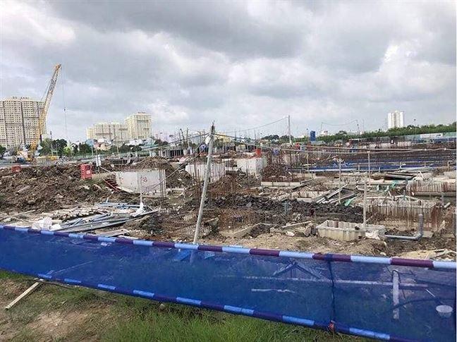 Xây 'chui' hơn 100 căn biệt thự ở Sài Gòn, chủ đầu tư nói gì? - Ảnh 1