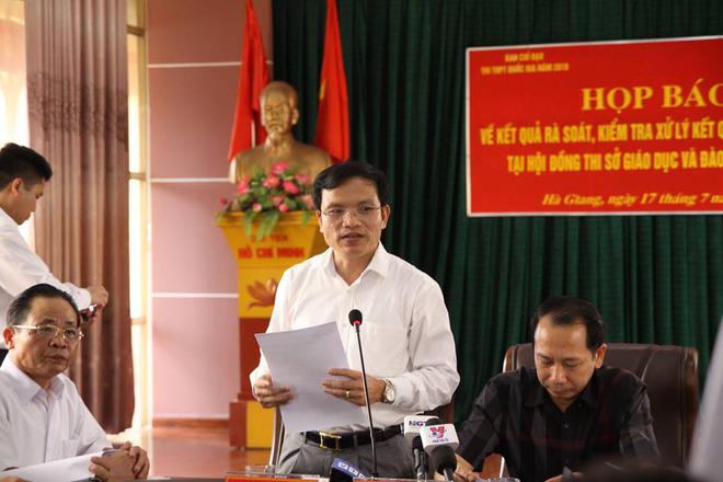 330 bài thi THPT quốc gia được nâng điểm bởi Phó trưởng phòng khảo thí và quản lý chất lượng, sở giáo dục tỉnh Hà Giang - Ảnh 1