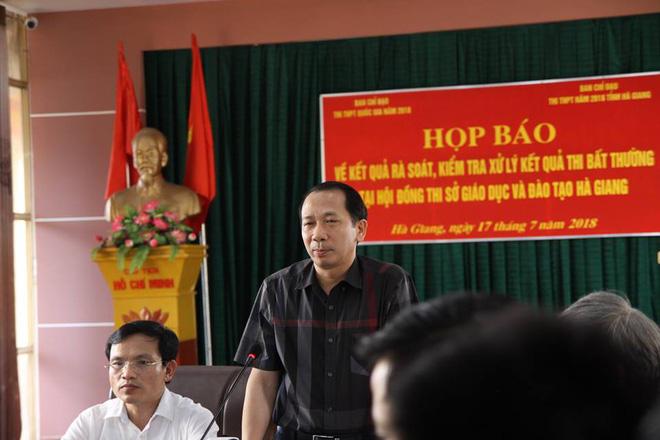 330 bài thi THPT quốc gia được nâng điểm bởi Phó trưởng phòng khảo thí và quản lý chất lượng, sở giáo dục tỉnh Hà Giang - Ảnh 2