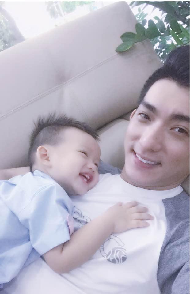 Vừa nhận tin vui sắp lên chức bố lần 4, Bảo Duy rơi nước mắt khi nói về con trai Phi Thanh Vân - Ảnh 3