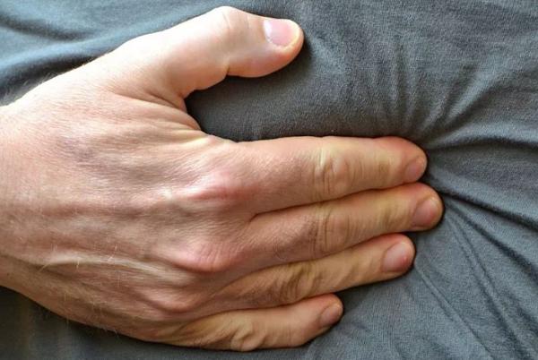 4 dấu hiệu sau khi ăn cảnh báo ung thư dạ dày sớm - Ảnh 2