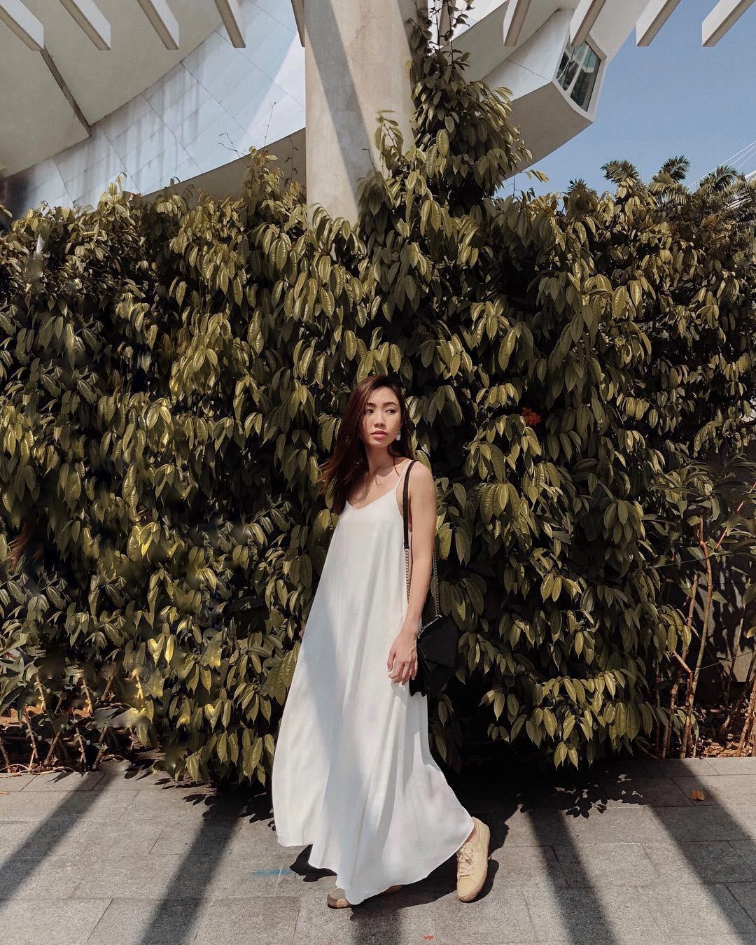 """4 mẫu váy đơn giản nhưng thừa độ sang chảnh, tinh tế giúp style của chị em """"sang trang"""" mới huy hoàng - Ảnh 1"""