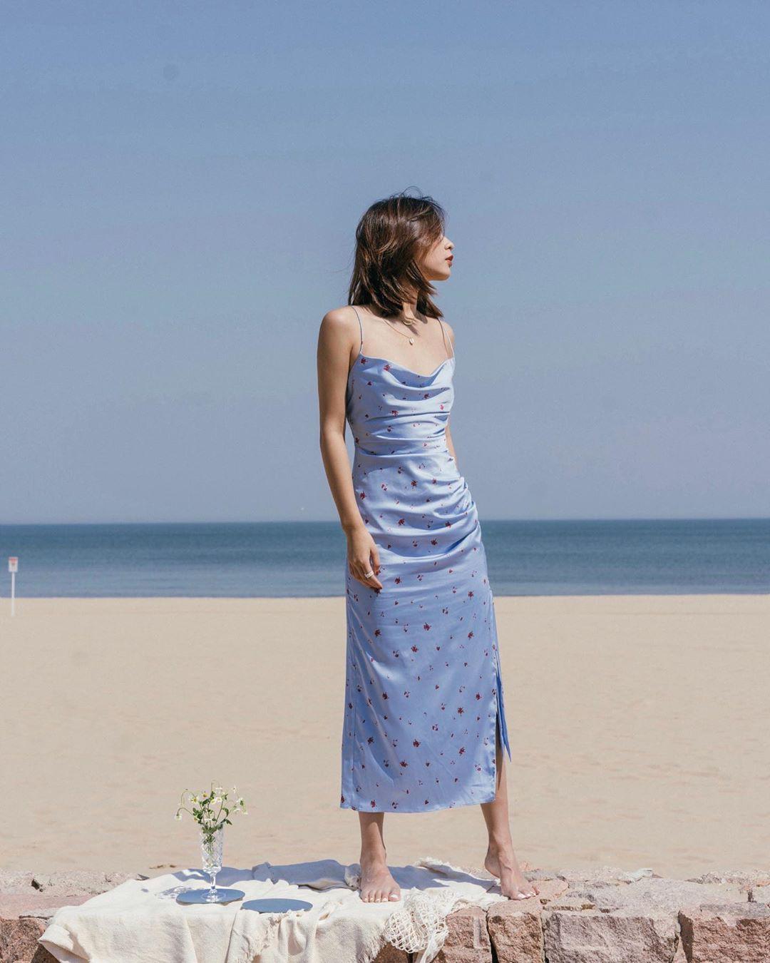 """4 mẫu váy đơn giản nhưng thừa độ sang chảnh, tinh tế giúp style của chị em """"sang trang"""" mới huy hoàng - Ảnh 6"""