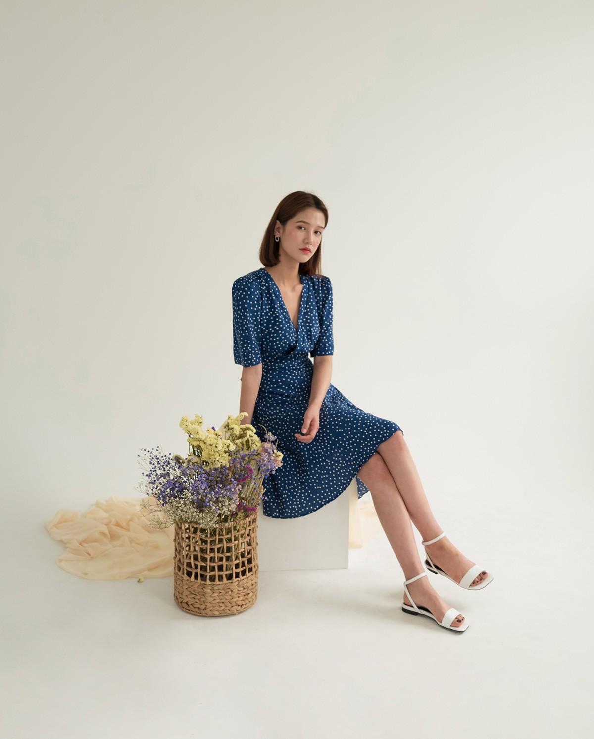 """4 mẫu váy đơn giản nhưng thừa độ sang chảnh, tinh tế giúp style của chị em """"sang trang"""" mới huy hoàng - Ảnh 5"""