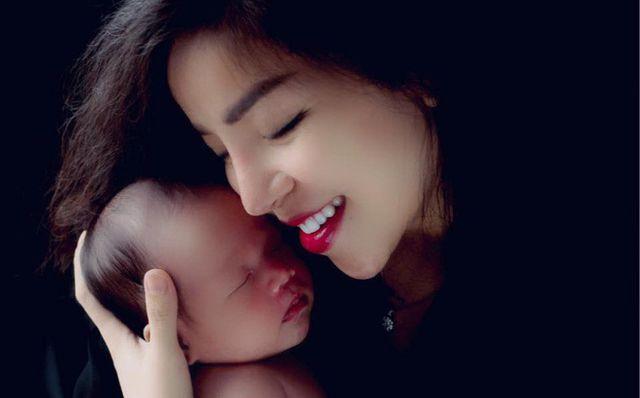 Ca sĩ Minh Chuyên lần đầu hé lộ hình ảnh bố của con trai - Ảnh 1