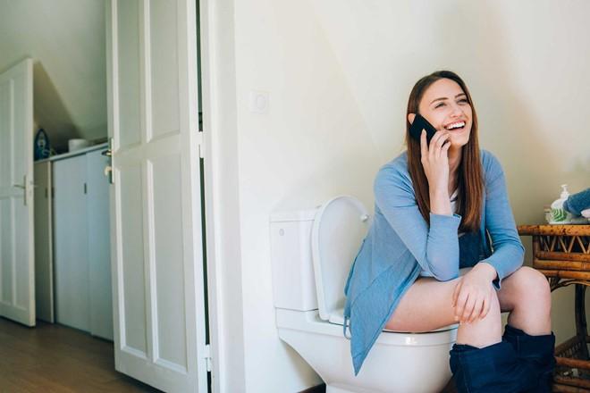 5 thói quen xấu gây ảnh hưởng nghiêm trọng đến vùng kín mà con gái thường hay mắc phải - Ảnh 1