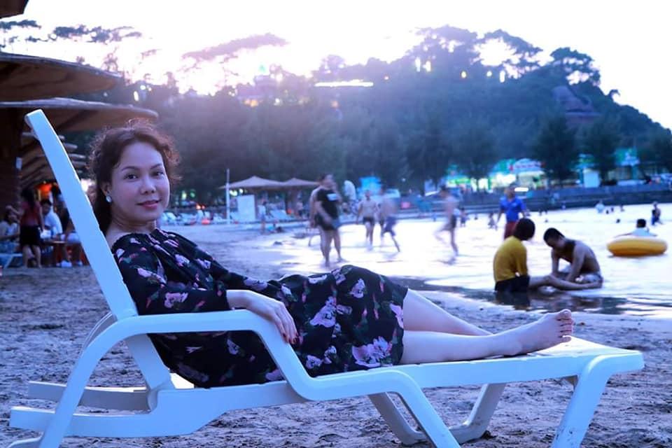 Khoe ảnh tình tứ bên chồng con, Việt Hương bất ngờ để lộ điểm đặc biệt của con gái 8 tuổi - Ảnh 2