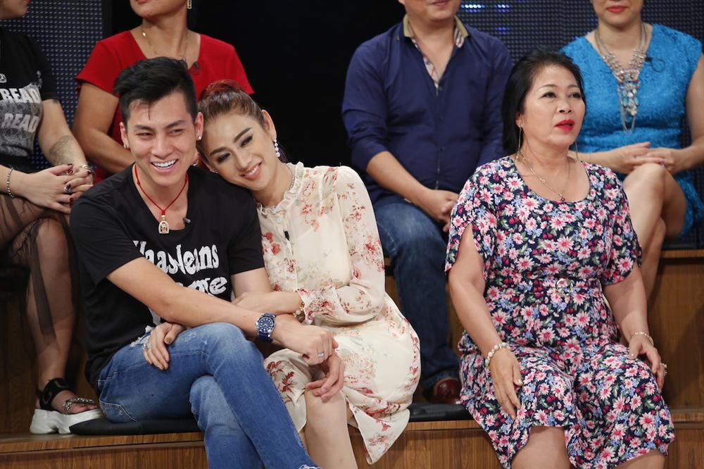 Mẹ chồng Lâm Khánh Chi bị ghẹo: Sợ con dâu đến mức chỉ nghe tiếng bước chân là nhận ra ngay - Ảnh 4