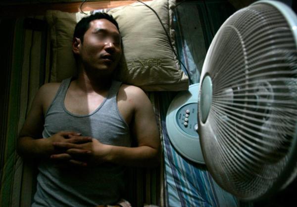 Người đàn ông khỏe mạnh đột ngột tử vong sau đêm ngủ với 3 chiếc quạt điện - Ảnh 3